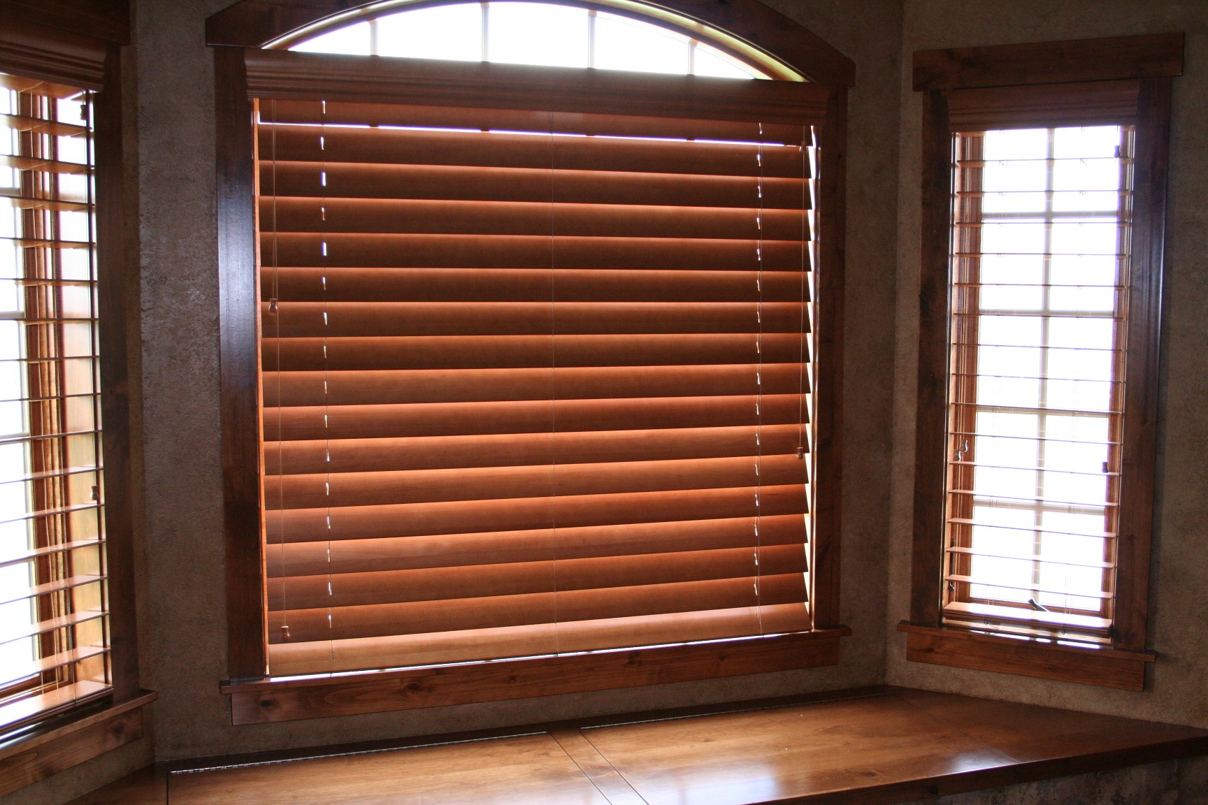 Wooden Blinds Swastik Home Decor